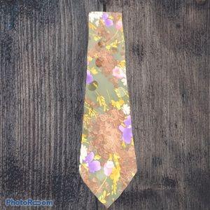 Brioni men's silk tie. Good used condition.
